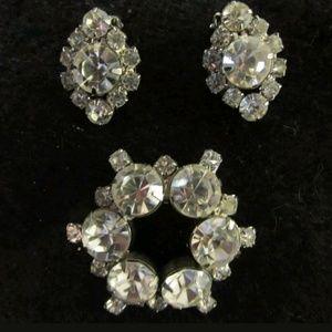 Vintage white rhinestone brooch and earrings